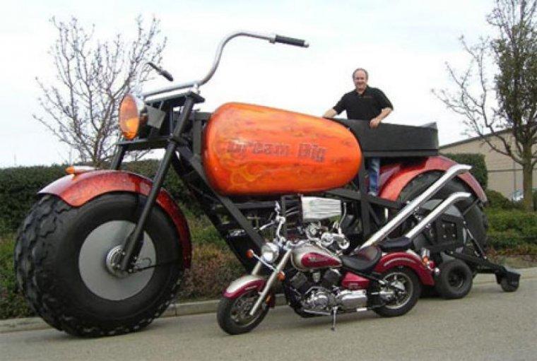 Необычные мотоциклы. Самый большой чоппер