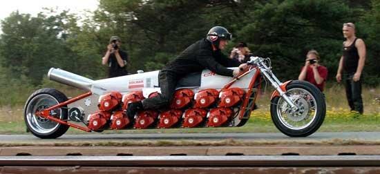 Необычные мотоциклы. Гоночный мотоцикл